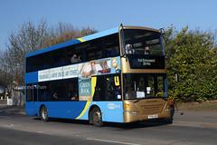 6971 YP58UGM (Metrobus) Three Bridges 23.2.19 (Rays Bus Photographs) Tags: metrobus gold scania n270ud omnicity railreplacement 6971 yp58ugm