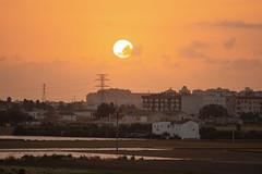 Amanecer en Valencia 41 (dorieo21) Tags: sun soleil sonne sole sky cielo ciel nuage clouds nubes nuvola landscape valencia sunrise amanecer auora aurore alba d7200 nikon exquisitesunsets