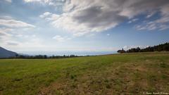 Entre la terre et le ciel : le lac (Elyane11) Tags: terre nuage lac nature champeillant smileonsaturday meadowsandfields ciel paysage france hautesavoie