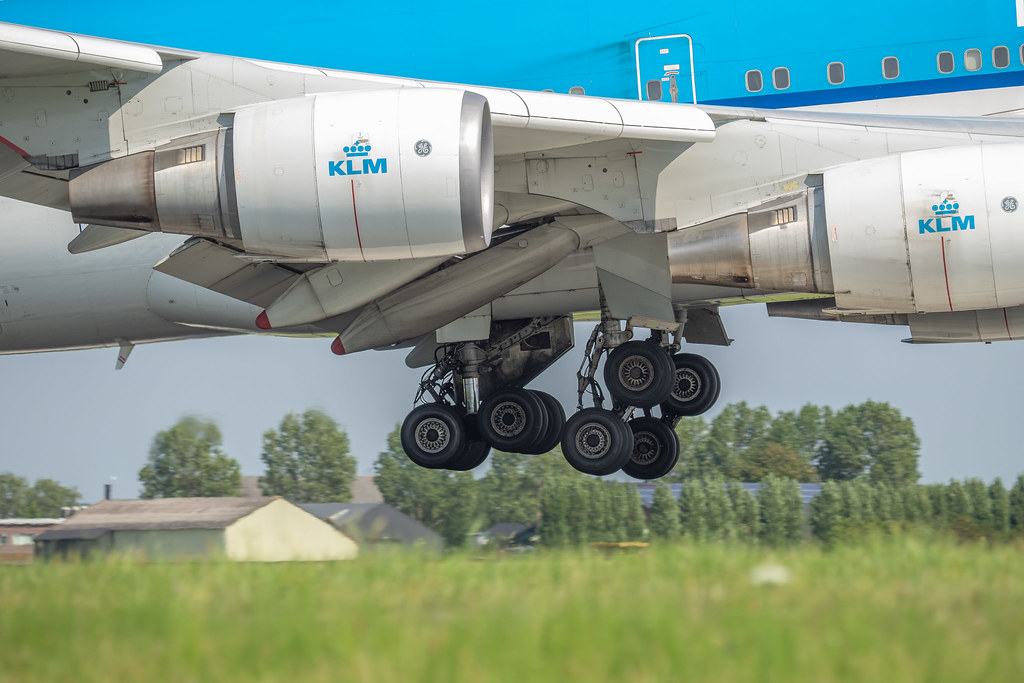 The World's Best Photos of gear and klm - Flickr Hive Mind