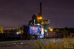 Switching in the Dark (jwjordak) Tags: yard 1550 cwro night industrial sw1500 clevelandworksrailway train cleveland ohio unitedstatesofamerica