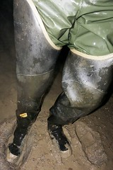 Wet explorer (essex_mud_explorer) Tags: bullseyehood rubber boots thighboots thighwaders hip waders watstiefel cuissardes gummistiefel rubberlaarzen bottes caoutchouc stivali wet muddy