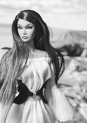 Siren Call (duckhoa_le) Tags: poppy parker integrity toys toy barbie w club fashion royalty brunette mermaid photography photoshoot alexander mcqueen travel portrait girl woman shore sea popster swinging london collection 2017 bergdorf goodman tothefair young sophisticate