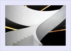 The white star! (Jorge Cardim) Tags: caa arte águeda portugal caacentrodeartedeágueda star escada capture image foto imagem branco white cardim jorge