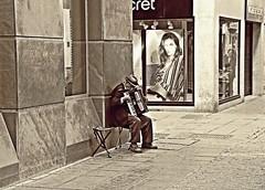 Sad song! (Jorge Cardim) Tags: song image capture sadness tristeza musica músico musician foto imagem cardim jorge