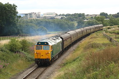RETURN TO THE 50'S (Malvern Firebrand) Tags: 50035 ark royal cheltenham southam 2019 sunday 12719 gwr diesel engine loco locomotive train railways vehicles passenger transport gloucestershire warwickshire preserved englishelectric class50 50xxx rural scenic scenery landscape countryside hoover