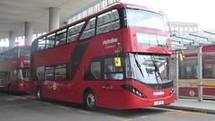 P1170199 BDE2632 LJ19 CVF at London Bridge Bus Station London Bridge Approach London Bridge London (LJ61 GXN (was LK60 HPJ)) Tags: metroline byd enviro400evcity enviro400ev enviro400city e400ev electric 109m 10900mm bde2632 lj19cvf j4287