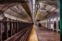 Tired of waiting for the 🚆... (cesar.toribio1218) Tags: streetphotography nycsubway vanishingpoint leadinglines newyork tunnel tunnelvision subway train waiting uptownnyc