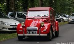 Citroën 2CV 1967 (Wouter Bregman) Tags: dw881ch citroën 2cv 1967 citroën2cv 2pk eend geit deuche deudeuche 2cv6 red rood rouge célébrationcentenairedecitroën célébration centenaire 2019 lafertévidame 28 eureetloire eure et loire france frankrijk vintage old classic french car auto automobile voiture ancienne française vehicle outdoor