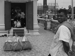 Le petit sanctuaire au bord du Mékong, Phnom Penh, Cambodge, juillet 2019. The small shrine along the Mekong river, Phnom Penh, Cambodia, July 2019. (vdareau) Tags: photographiederue streetphotography blackandwhitephotography photographienoiretblanc noiretblanc blackandwhite sanctuaire shrine mekong mékong phnompenh cambodia cambodge asiedusudest southeastasia asie asia