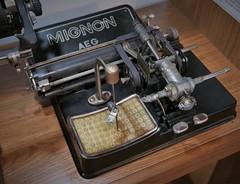 Mignon AEG machine (roomman) Tags: 2019 poland ustka baltic sea ocean water stolpmuende stolp stolpmünde old history museum town aeg mignon typewriter machine magic 1930 19302 30 30s