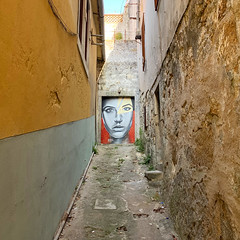 Porto - Portugal (Ron van Zeeland) Tags: mural wallpainting porto portugal grafitti art urbanart urban painting poster
