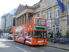 First Scotland East 32790 awaits its next turn at George Street, Edinburgh. (calderwoodroy) Tags: bus scotland edinburgh georgestreet doubledecker first firstbus firstscotlandeast brightbustours tsu640 dennistrident alexanderalx400 32790