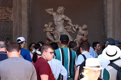 Laocoonte's death crowded (arturo.orgaz) Tags: city italy culture canon rome eos 77d crowd ef50mm f14 usm