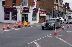 IMGP1744 (Steve Guess) Tags: classic bentley motor car ewellroad a240 surbiton surrey greater london england gb uk bnb708 roadworks 1935 3½litre saloon cones