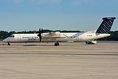 C-GLQL (Porter Airlines) (Steelhead 2010) Tags: porterairlines bombardier dhc8 dhc8q400 yhm creg cglql