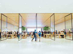 Apple store (h329) Tags: taiwan applestore taipei 台灣 台北市 信義區 hsinyidistrict em5 m34 mzuiko12100mm