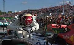 Verstappen si arrende, Hamilton vince in Ungheria (formula1it) Tags: f1 formula1 verstappen si arrende hamilton vince ungheria