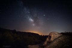 Observando la Vía Láctea (Chusmaki) Tags: ngc vía láctea a7rii noche estrellas buendía calavera muerte nocturnas