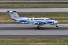 United States Department of Energy (US DoE) Bonneville Power Administration (BPA) - Beechcraft Model B200GT Super King Air - N792BP - Portland International Airport (PDX) - June 3, 2015 5 225 RT CRP (TVL1970) Tags: nikon nikond90 d90 nikongp1 gp1 geotagged nikkor70300mmvr 70300mmvr aviation airplane aircraft airlines airliners portlandinternationalairport portlandinternational portlandairport portland pdx kpdx n792bp unitedstatesdepartmentofenergy usdepartmentofenergy departmentofenergy usdoe doe bonnevillepoweradministration bpa raytheon beechcraft raytheonbeechcraft hawkerbeechcraft beechcraftmodel200superkingair beechcraft200superkingair beechcraftmodel200gtsuperkingair beechcraft200gtsuperkingair beechcraftkingair beechcraftsuperkingair superkingair kingair beechcraft200 b200 b200superkingair b200gtsuperkingair beechcraft200gt b200gt prattwhitneycanada pwc pt6 pt6a pt6a52 turboprop
