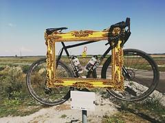 Ein guter Rahmen ist was wert (TM1ka) Tags: swisscross randonneur bike bici summarit p10 leica