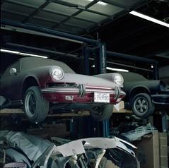 911 (Film3688) Tags: analog 120 6x6 film portra400 zeiss zeiss80mm mediumformat hasselblad500cm hasselblad 911 porsche cars