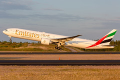 A6-EPC Boeing 777-31H(ER) Emirates (Andreas Eriksson - VstPic) Tags: a6epc boeing 77731her emirates