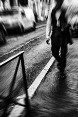 La vie, un voyage ? Pour aller où ? Je n'en sais rien. Errance. (LACPIXEL) Tags: vie life vida errance rue street calle errancia wandering roaming trottoir acera sidewalk pavement noiretblanc blancoynegro blackwhite saintgermainenlaye voiture carretera car coche route road homme man hombre nikon nikonfr nikonfrance flickr lacpixel