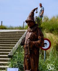 (voorhammr) Tags: 2019 bandjes levendebeelden muziek noordwijk statues zonnig