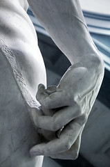 Hand and Sling (2Colnagos) Tags: italian art sculpture michelangelo florence sling hand statue david academia famousplace travel marble