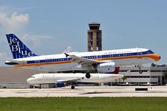N763JB  A320-232  JetBlue Airways (n707pm) Tags: n763jb a320 airbus 320 320232 airport airplane aircraft airline jbu kfll fll fortlauderdalehollywood fortlauderdale florida usa 30072019 cn3707 whatsoldisblueagain retrolivery