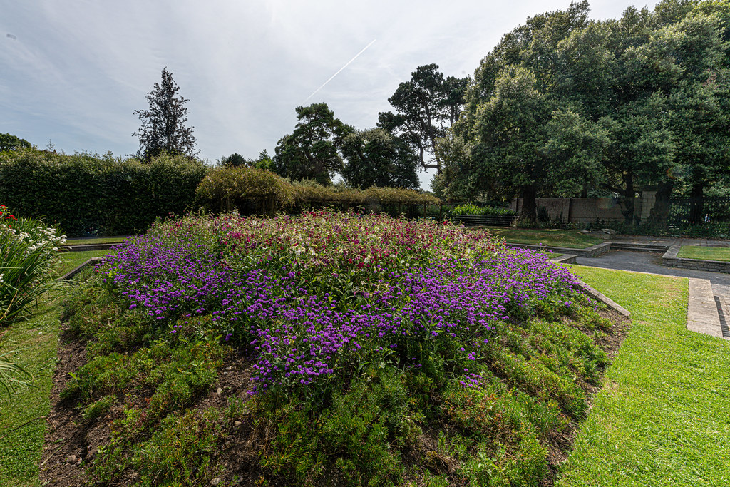 THE CLOCKTOWER GARDENS [ST. ANNE'S PARK IN RAHENY]-154805