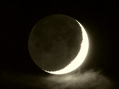 Dark of the moon, illuminated by earthshine (Kelson) Tags: moon crescent newmoon night sky stargazing earthshine