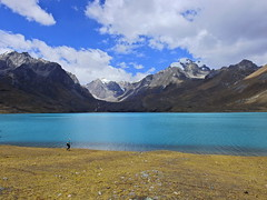 Laguna Singregacocha (Mono Andes) Tags: andes perú cordilleravilcanota lagunasingrenacocha cusco backpacking trekking