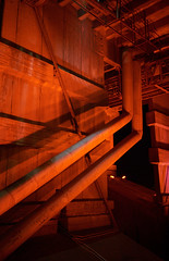 - (Igor Verkhovskiy) Tags: 35mm film fujifilm yashicat4 yashica filmcollective analogcamera analogfeatures filmforlife filmnotdead filmcommunity naturallight night photography underthebridge red light