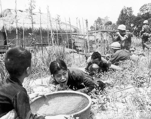 Vietnam_War_1965