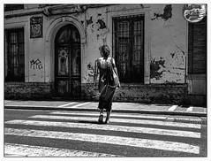 Abbey Road in Spain. (francis_bellin) Tags: bn femme bnwstreetphoto andalousie streetphoto street beauvillage photoderue reflet streetphotographie bw blackandwhitephoto monochrome blackandwhite villageblanc espagne rue olympus 2019 ronda ville