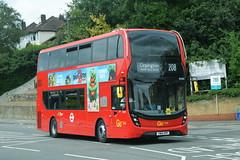 YW19 VPP (EH322) Go-Ahead London Metrobus (hotspur_star) Tags: londontransport londonbuses londonbus londonbuses2019 alexanderdennisltd enviro400hmmc tfl transportforlondon hybridbus hybridtechnology busscene2019 doubledeck goaheadlondonmetrobus yw19vpp eh322 208
