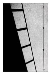 ladder down (Armin Fuchs) Tags: arminfuchs lavillelaplusdangereuse würzburg universityofmusic diagonal dangerous light shadow ladder wall