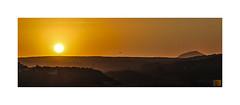 Entre el sol y la montaña /between sun and the mountain (Luis kBAU) Tags:
