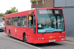 SOE25 LX09 AZL (ANDY'S UK TRANSPORT PAGE) Tags: buses upminster london goaheadlondon bluetriangle
