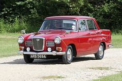 1963 Wolseley 16/60 (Roger Wasley) Tags: 1963 wolseley 1660 arb569a toddington classic car vehicle