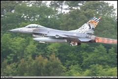 """F16 AM 15105 Esq301 Tiger Meet """"Mont de Marsan"""" mai 2019 (paulschaller67) Tags: f16 am 15105 meet montdemarsan mai 2019 esq301 tiger"""