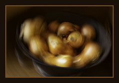 S2B_6748-Onions spun dry reduced2 (rafikiphotographics) Tags: 2019 august fff icm vic werribeeparkmansion abstract food onions