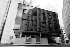 DSCF2767 (LexomIA) Tags: architecture bordeaux street urbain bw nb streetphotography