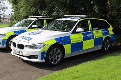 SF15 KHE Police Scotland (C812JGB) Tags: police scotland policing polizia polis polizei politie policía scottish dumbarton glasgow 999 911 112 emergency sf15 khe sf15khe bmw 330d roads unit