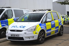 WX58 HCE (S11 AUN) Tags: avon somerset police ford focus panda patrol incident response vehicle irv 999 emergency wx58hce