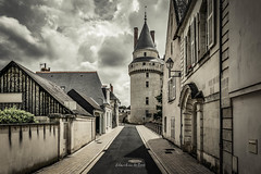 Langeais 2019 (EBoss Fotografie) Tags: langeais indreetloire loire france chinon europe travel tourism street tower streetview canon soe twop supershot sky clouds road architecture building
