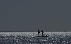 Duo sur l'eau (chriskatsie) Tags: palavas mer mar agua espace space horizon mediterranée med hombre mujer homme femme