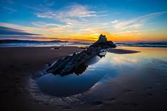 Baskenland0178Sopela (schulzharri) Tags: baskenland basque spanien spain espana bilbao reise travel strand beach meer ocean atlantik sonnenuntergang felsen rock water himmel wasser sky
